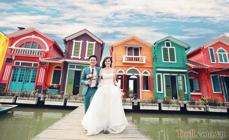 Địa điểm chụp ảnh cưới cực kì đẹp ở Hà Nội – phim trường Smiley Ville