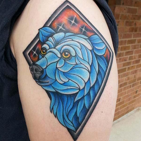 mavi ayı kol dövmesi