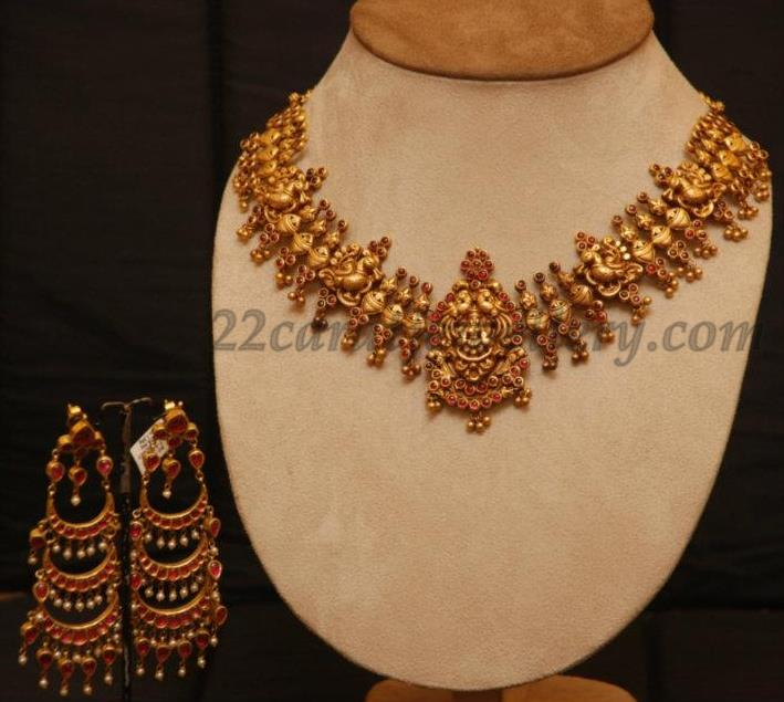 22 Carat Indian Gold Bridal Jewellery Designs Traditional