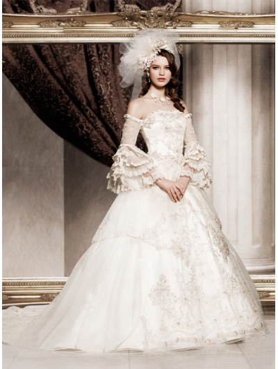 Where To Find The Right Victorian Wedding Gowns