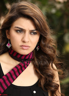 Hansika Motwani Looks super cute in movie Mande Suryudu 007.jpg