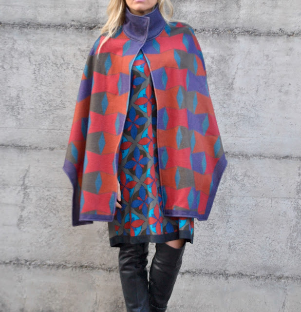 mantella a collo alto felicia magno outfit invernali mantella stampa geometrica mantella in lana come abbinare una mantella colorblock by felym fashion blog italiani blogger italiane mariafelicia magno fashion blogger outfit gennaio 2017