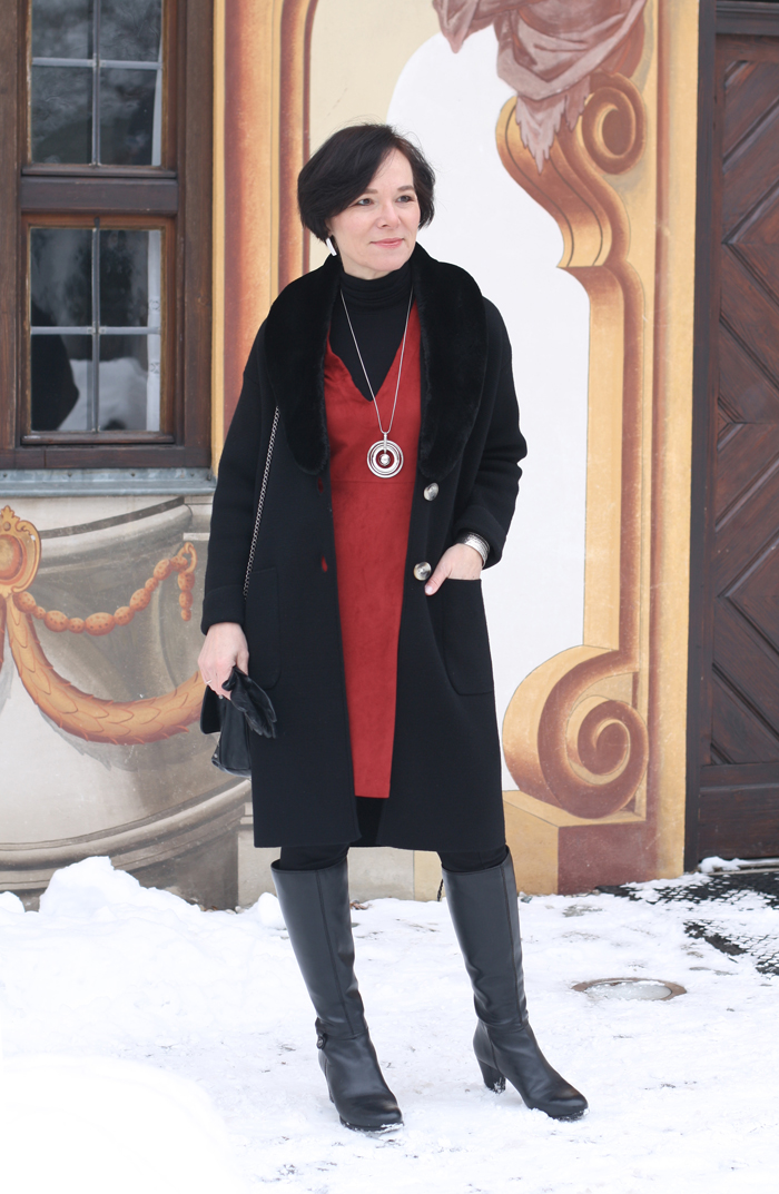 styling for winter red tunic dress warm leggings and. Black Bedroom Furniture Sets. Home Design Ideas