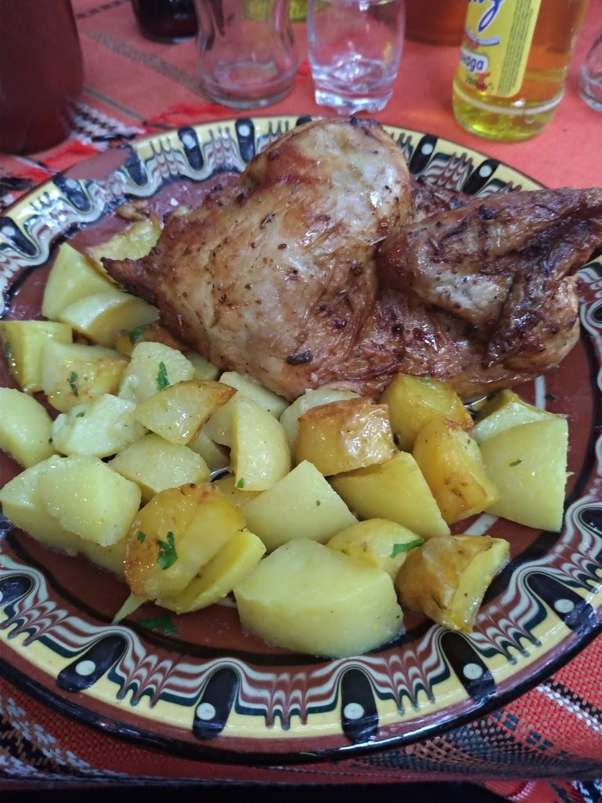 bułgarska biesiada na wycieczce, restauracja Piknik Bivaka, danie główne