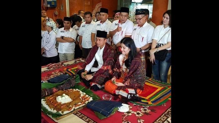 Pelaksanaan Adat Batak Dinilai Tak Lazim, Foto yang Diposting Annisa Pohan Banjir Protes….