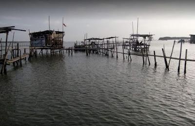 Tempat Wisata Pulau Hantu Sigempol Brebes