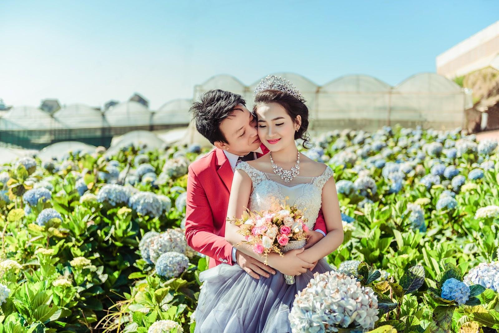 Kết quả hình ảnh cho chụp ảnh cưới festival hoa đà lạt 2019