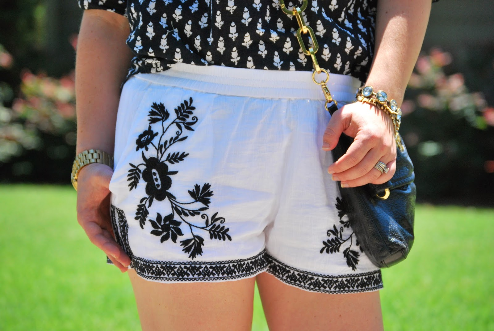cotton gauze shorts, summer shorts, Charlotte blogger