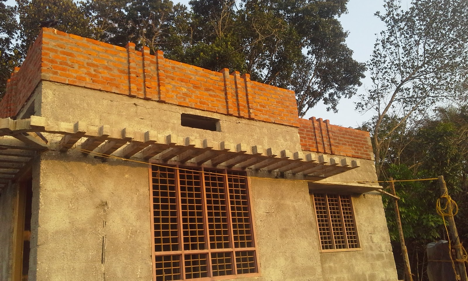 House parapet designs for Parapet roof design pictures
