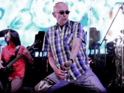 El Indio Solari compartió dos adelantos de su próximo disco.