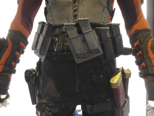 Deadshot costume belt detail Suicide Squad