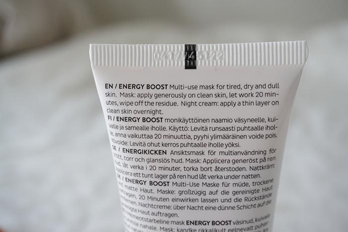 mossa energy boost naamio yövoide vegaaninen luonnonkosmetiikka marjat tyrni vadelma