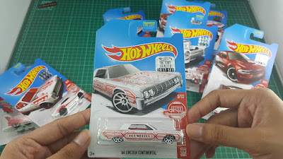Hot Wheels Red Edition '64 Lincoln Continental