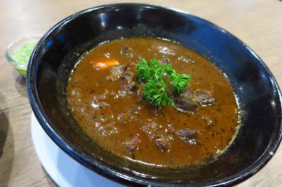 Bangkok, Kub Kao' Kub Pla, ox tongue stew