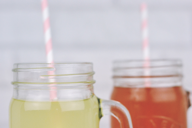 Lemonade in Kilner jars