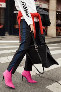 Розовые ботильоны-носки