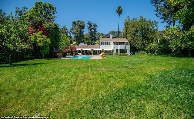 Adele buys $10M Beverly Hills home blocks away from home