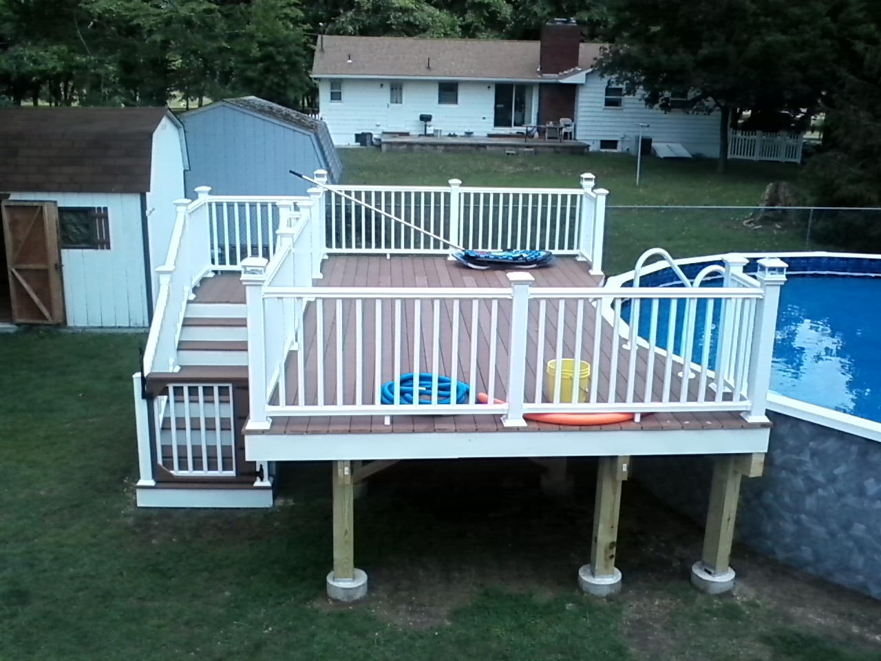 composite deck and vinyl railing system ideas