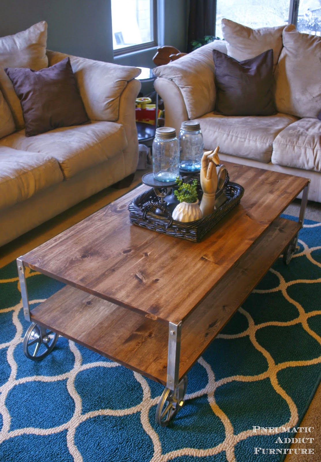 easy industrial coffee table no welding pneumatic addict. Black Bedroom Furniture Sets. Home Design Ideas