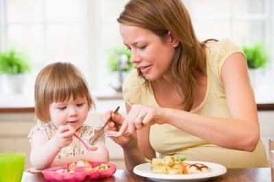 Những điều các mẹ phải chú ý khi chăm trẻ suy dinh dưỡng
