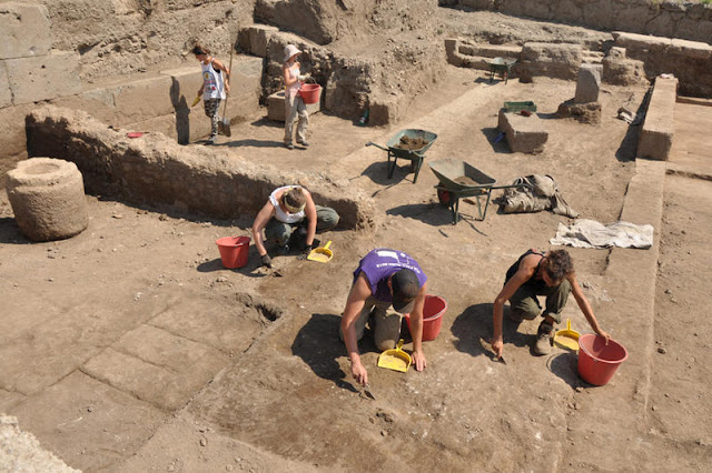 Excavation sheds light on importance of ancient city near Rome