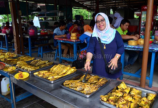 Pasar Sim Sim Medan Ikan Bakar