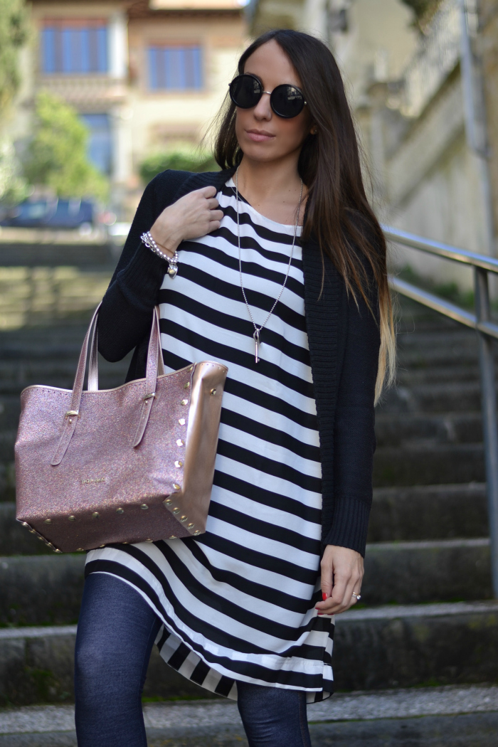 righe bianco nero outfit