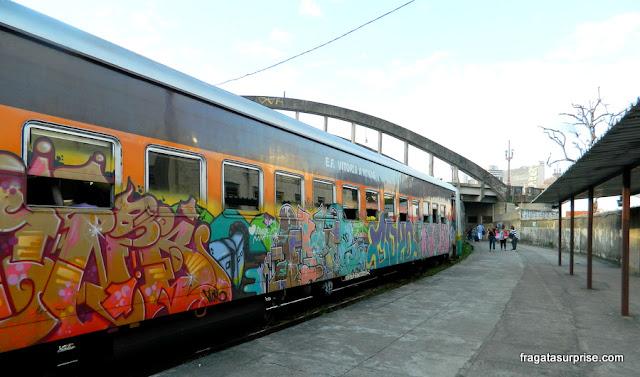 Caraça de trem: estação ferroviária de Belo Horizonte