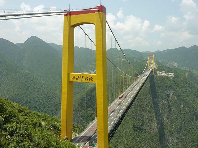 5 Jembatan Ini Bikin Kamu Merinding Ketika Melewatinya