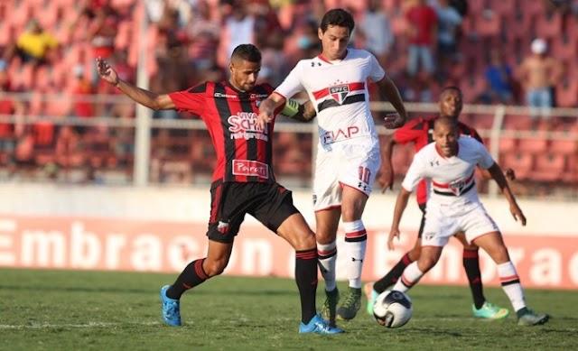 A última bola perigosa: em Itu, São Paulo leva o empate no final