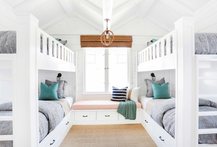 California-beach-house-coastal-interiors-bunk-bed-room