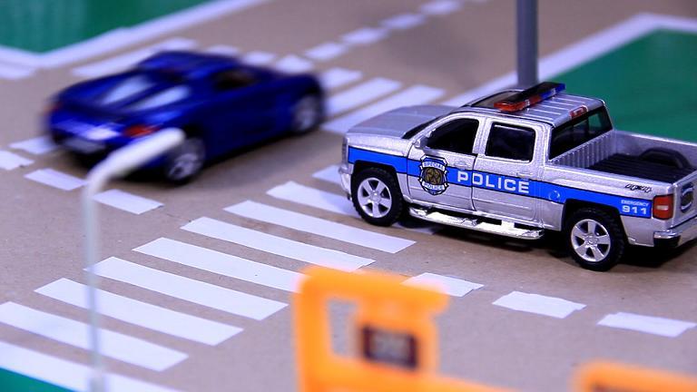 baixar som police toy mp3