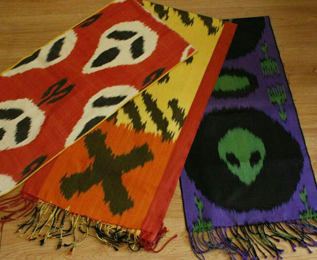 dilyara kaipova handloomed ikat designs buy, uzbek ikat modern designs, art craft textile tours uzbekistan