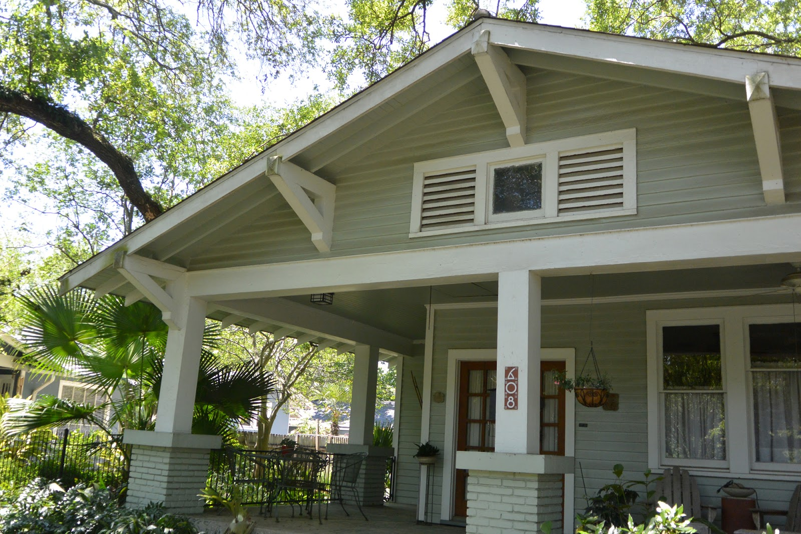 Teegee Essays A Fine Bungalow Of 1922 In Drehr Place