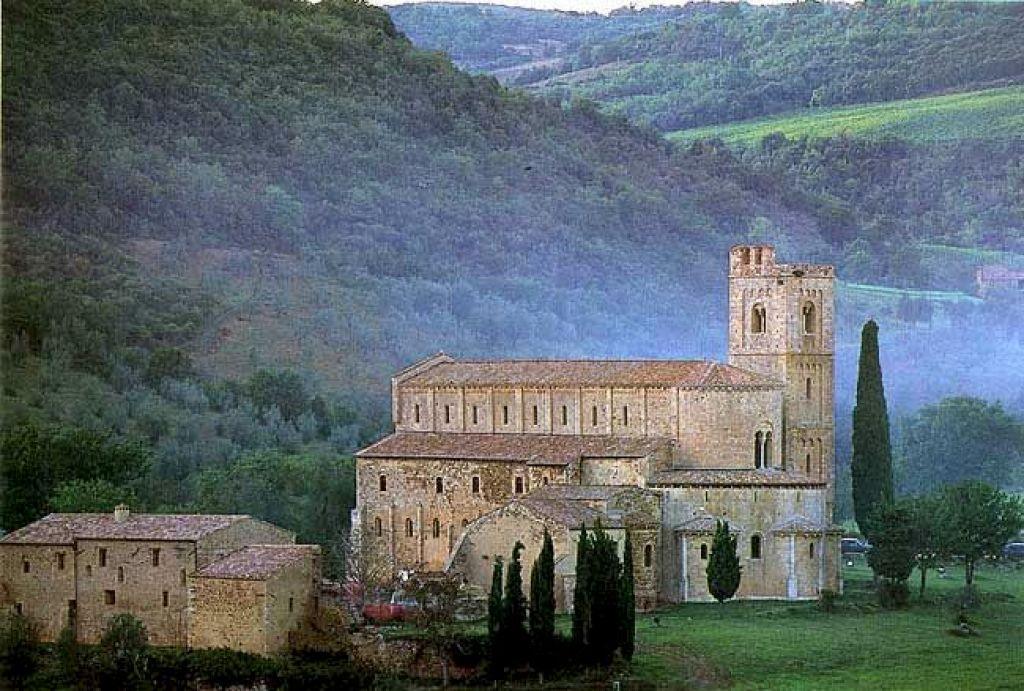 A Sant Antimo Si Insediano Gli Olivetani
