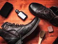 6 tips membersihkan sepatu kulit, perawatan sepatu kulit agar tampak baru