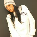 Andrea Rincon, Selena Spice Galeria 19: Buso Blanco y Jean Negro, Estilo Rapero Foto 20