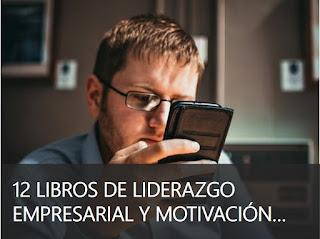 Hombre leyendo