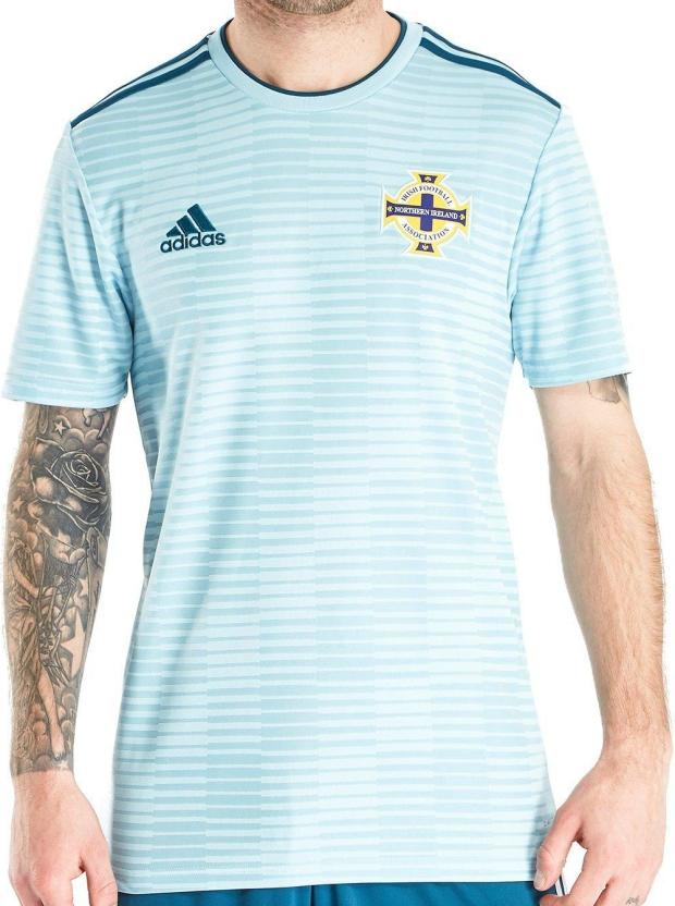 Adidas lança a camisa reserva da Irlanda do Norte - Show de Camisas 19b3c79c220a4