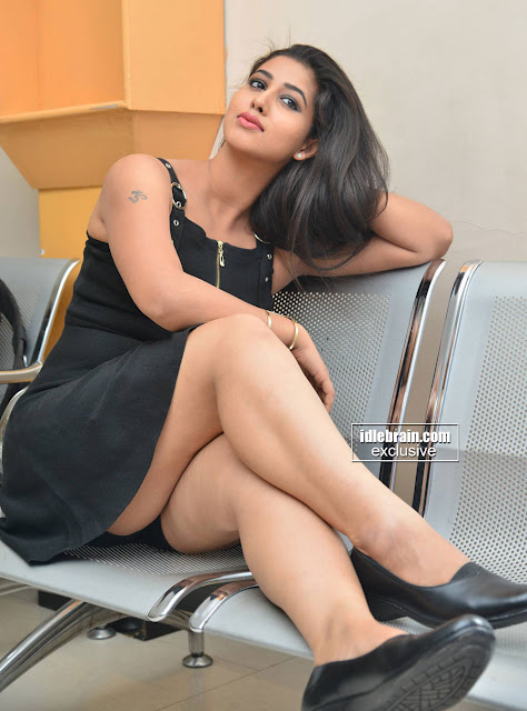 Hot Images of Actress Pavani in Black Skirt so Spicy. OMG ...