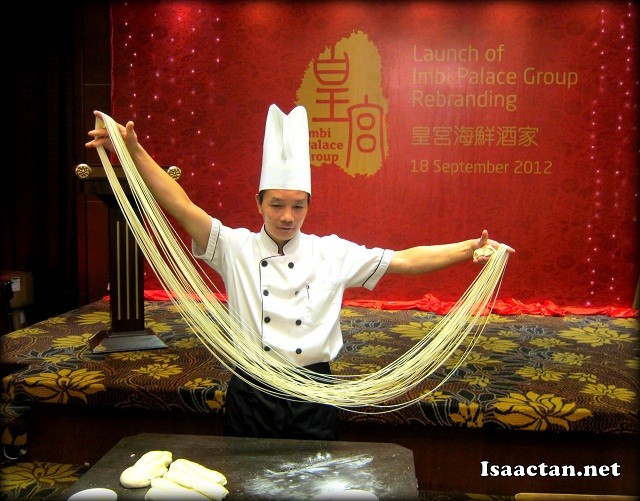 Chef Xiao Chen demostrating the art of noodle making