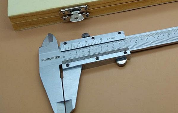 contoh alat ukur panjang