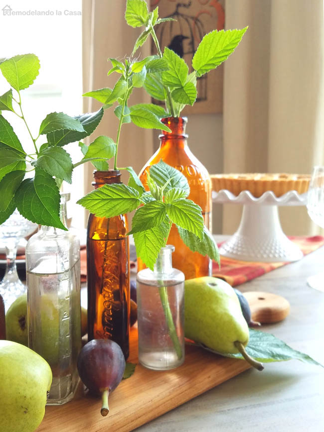 Fall Home Decor with a tablescape