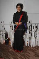 Sonam Kapoor Soha Ali Khan Konkona Sharma at Raw Mango store launch March 2017 016.JPG