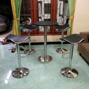 Harga Sewa Kursi Bar Stool Tangerang, Sewa Kursi Bar Stool, Sewa Bar Stool Tangerang