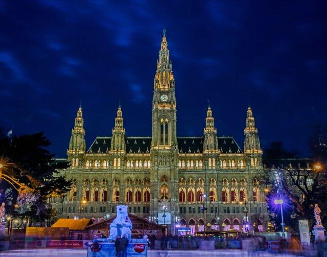 rathausplatz-vienna-poracci-in-viaggio