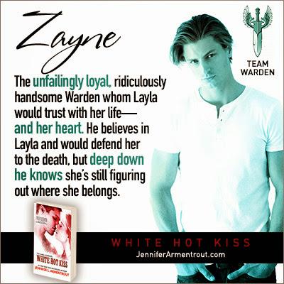 Resultado de imagen de white hoot kiss zayne