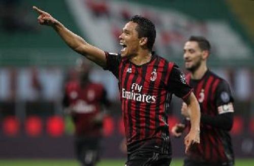 Serie A: Mertens demolisce la Roma. La Sampdoria travolge il Pescara, Bacca trascina il Milan.
