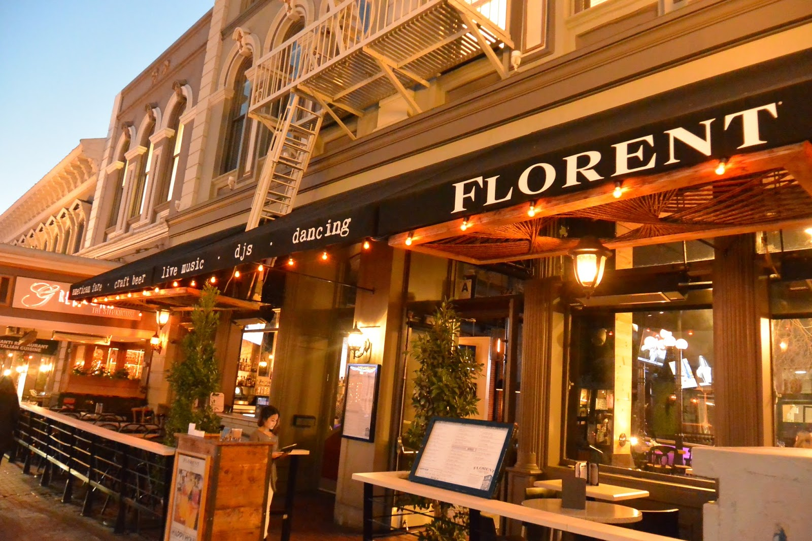 Like Many Restaurants Downtown, There Is A Patio With Outdoor (heated)  Dining. Weu0027re Very Lucky In San Diego To Have The Pleasure Of Outside Dining  Almost ...