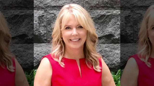 South Dakota TV journalist Angela Kennecke says she noticed red flags in the weeks leading up to her daughter's death.  (Facebook)